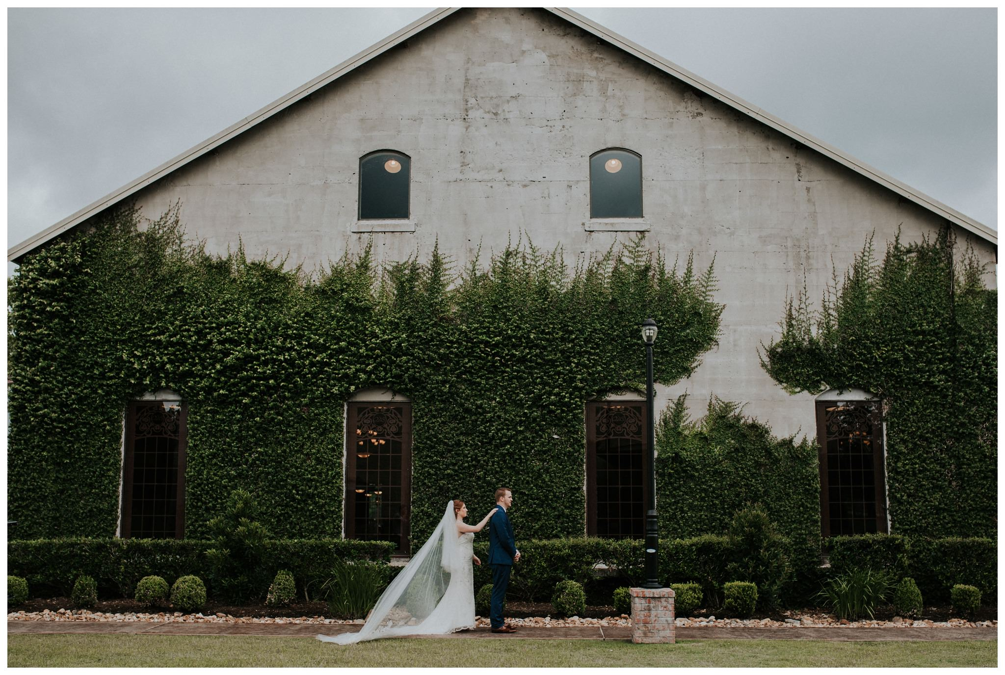Summertime Olde Dobbin Station - Magnolia Wedding - The Woodlands Texas Wedding Photographer-2393.jpg