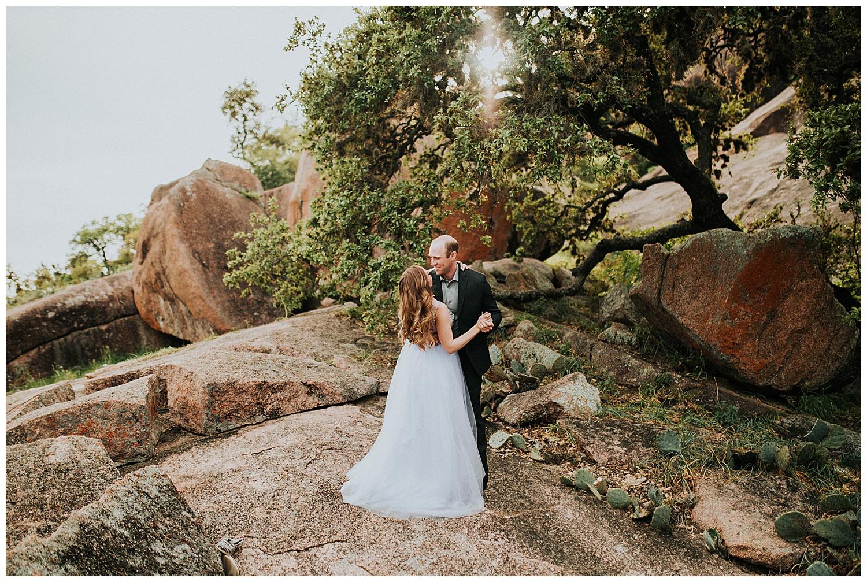 Enchanted Rock Fredericksburg Enagement Couples Photography Session -2.jpg