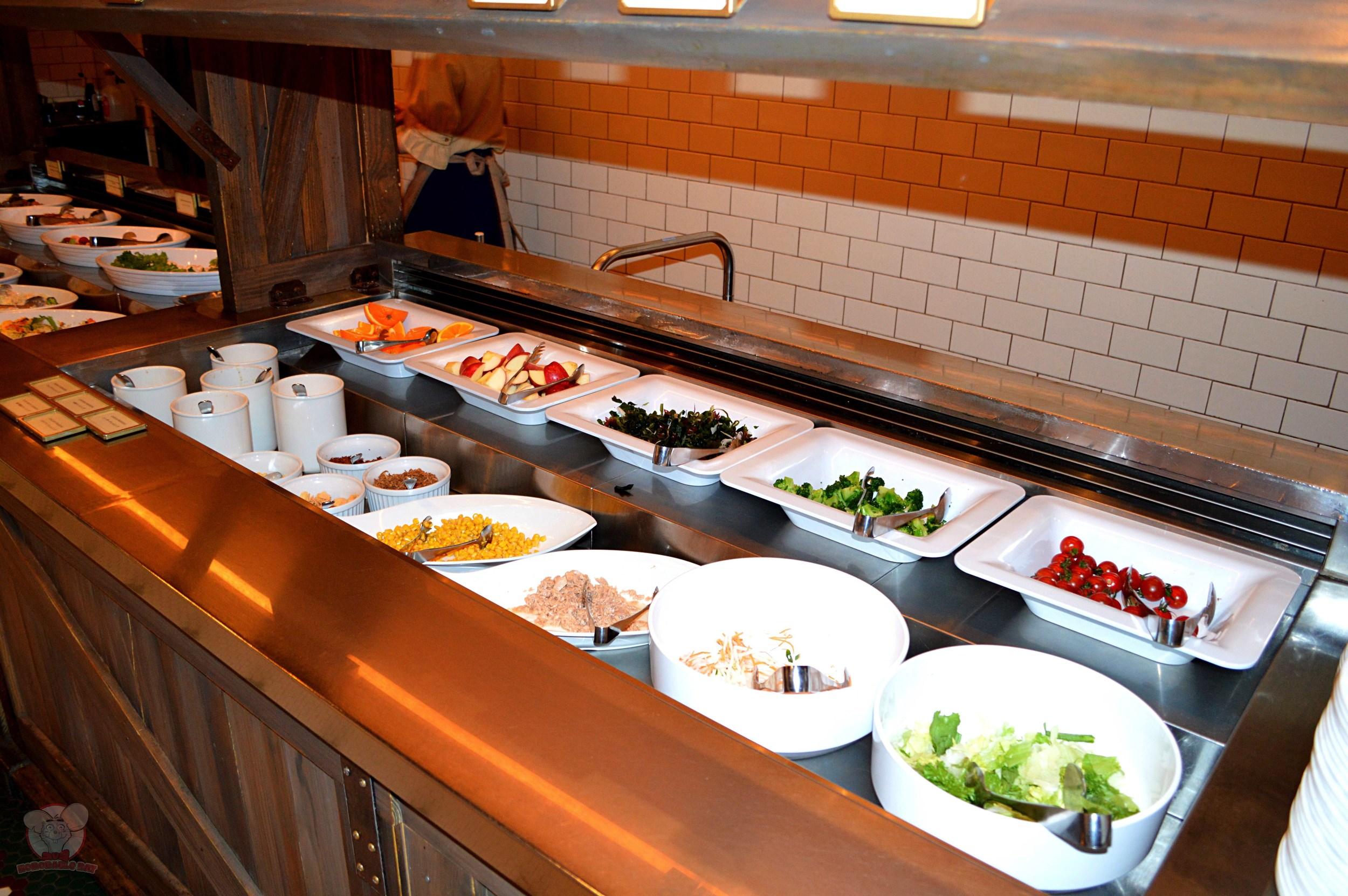 Soup & Salad selection (A)