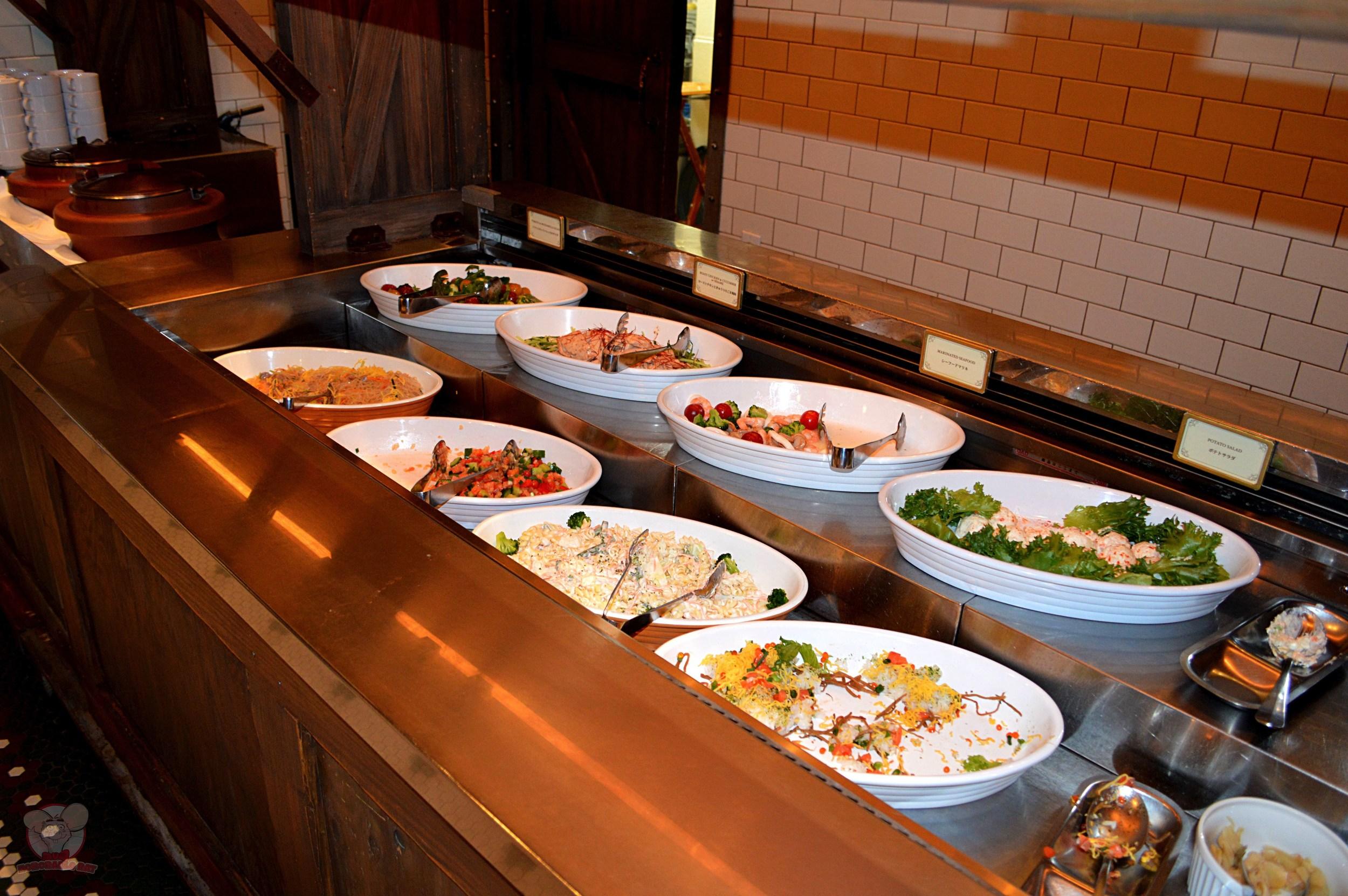 Soup & Salad selection (B)