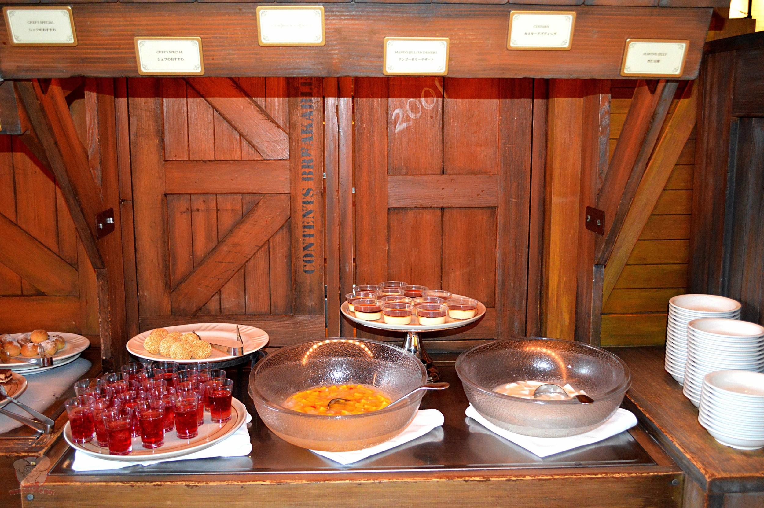 Dockside Desserts selection (A)