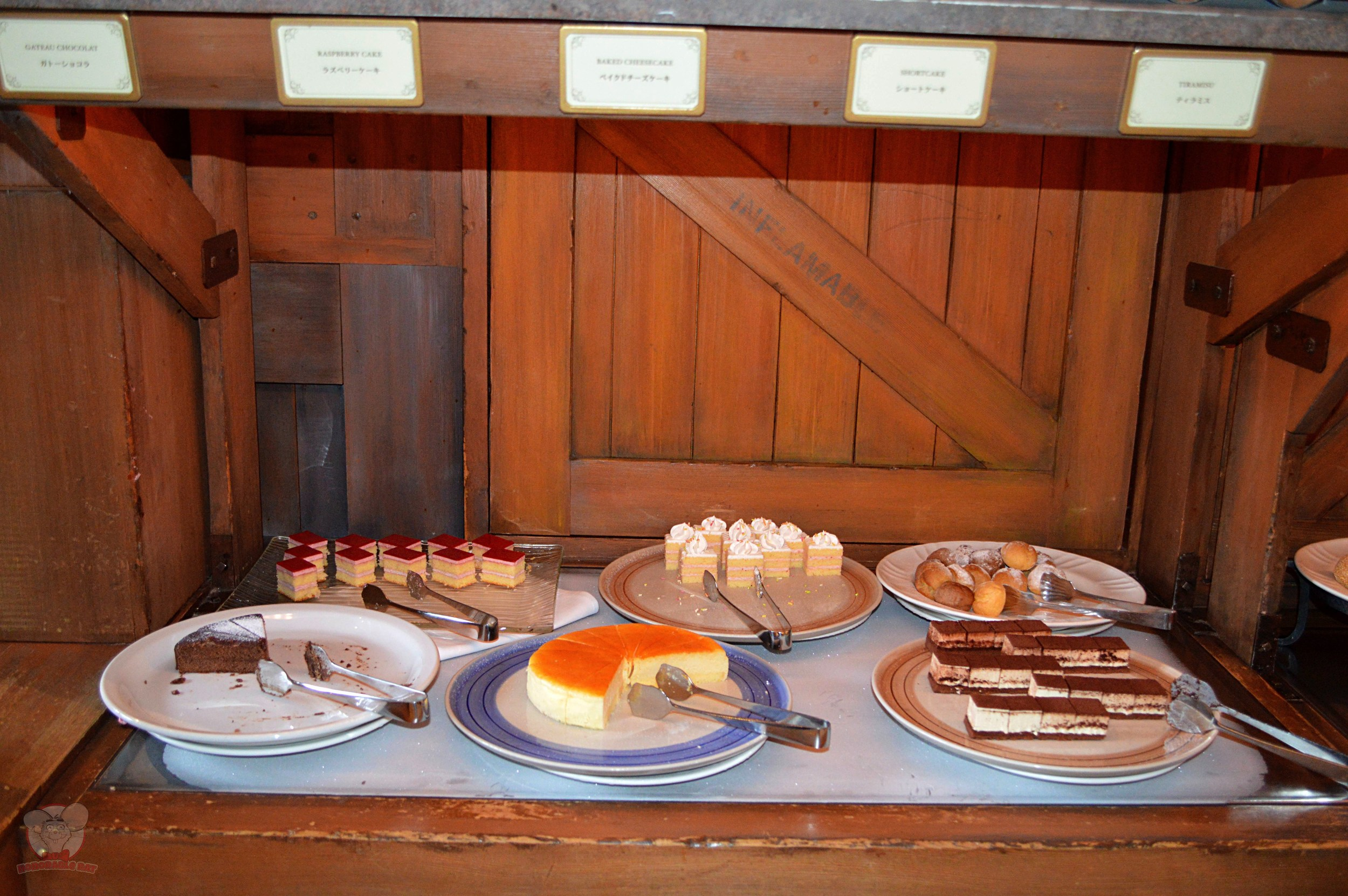 Dockside Desserts selection (B)