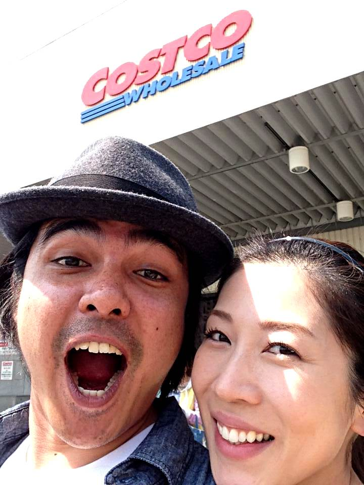 Wife-chan and I at Costco, Shin-Misato