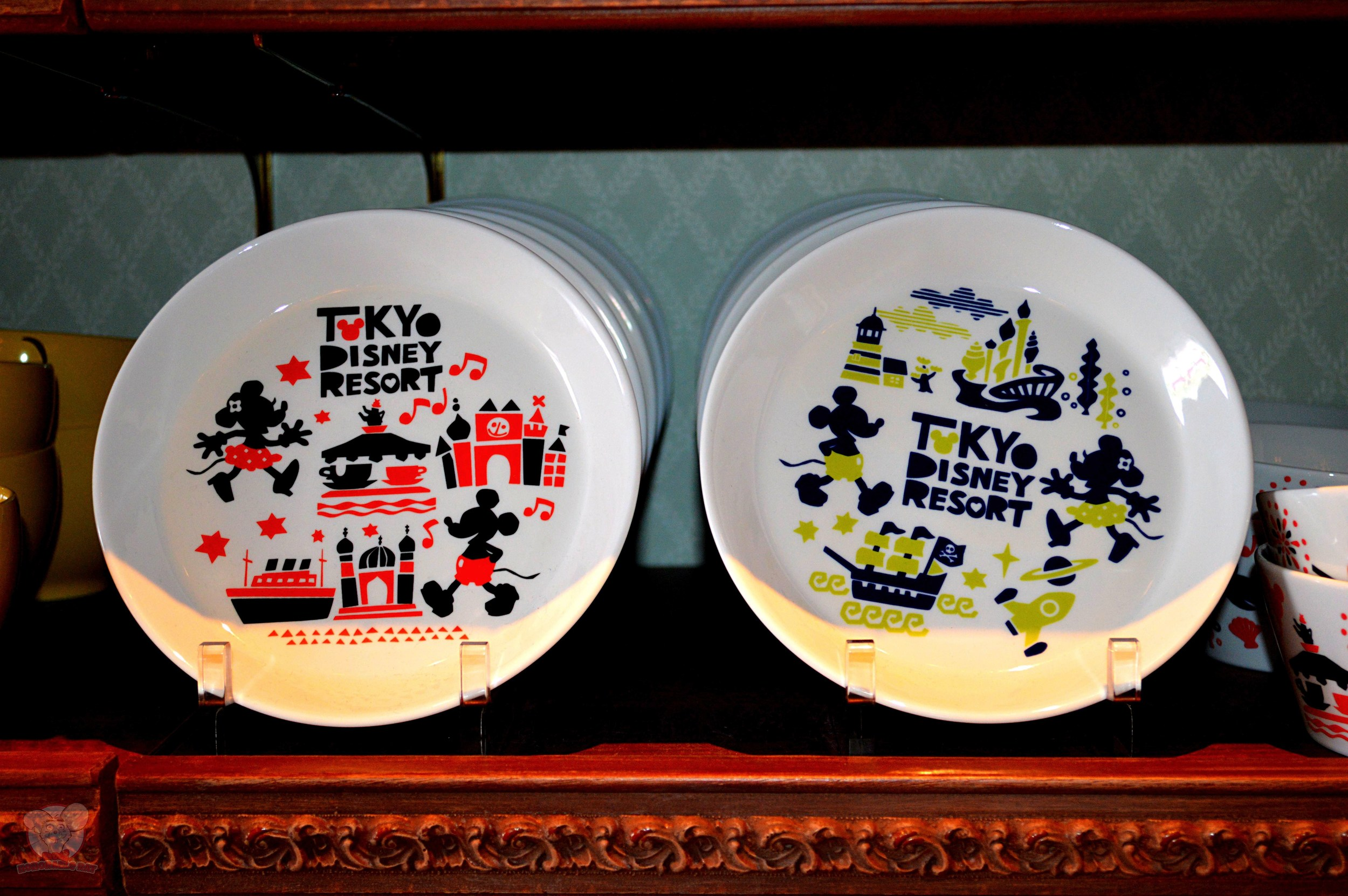 Tokyo Disney Resort plate: 1000yen