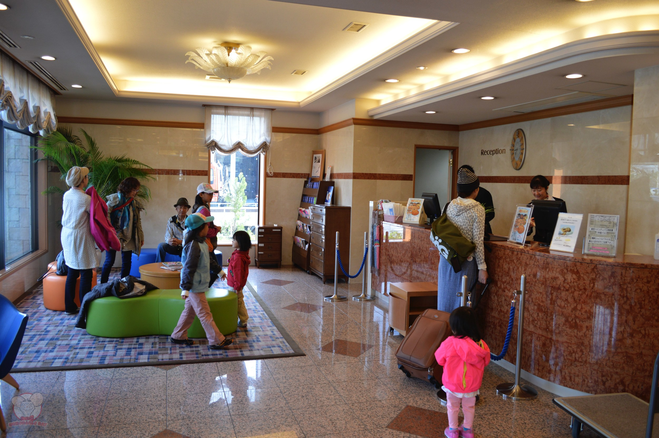Hotel Mystays lobby