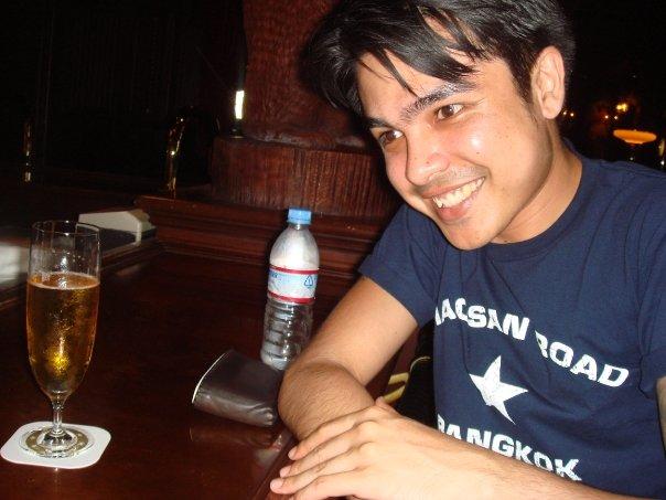 Having a drink in S.S. Columbia. One of the best days I ever had in Tokyo Disneysea. Hmmmmmm, I wonder why?