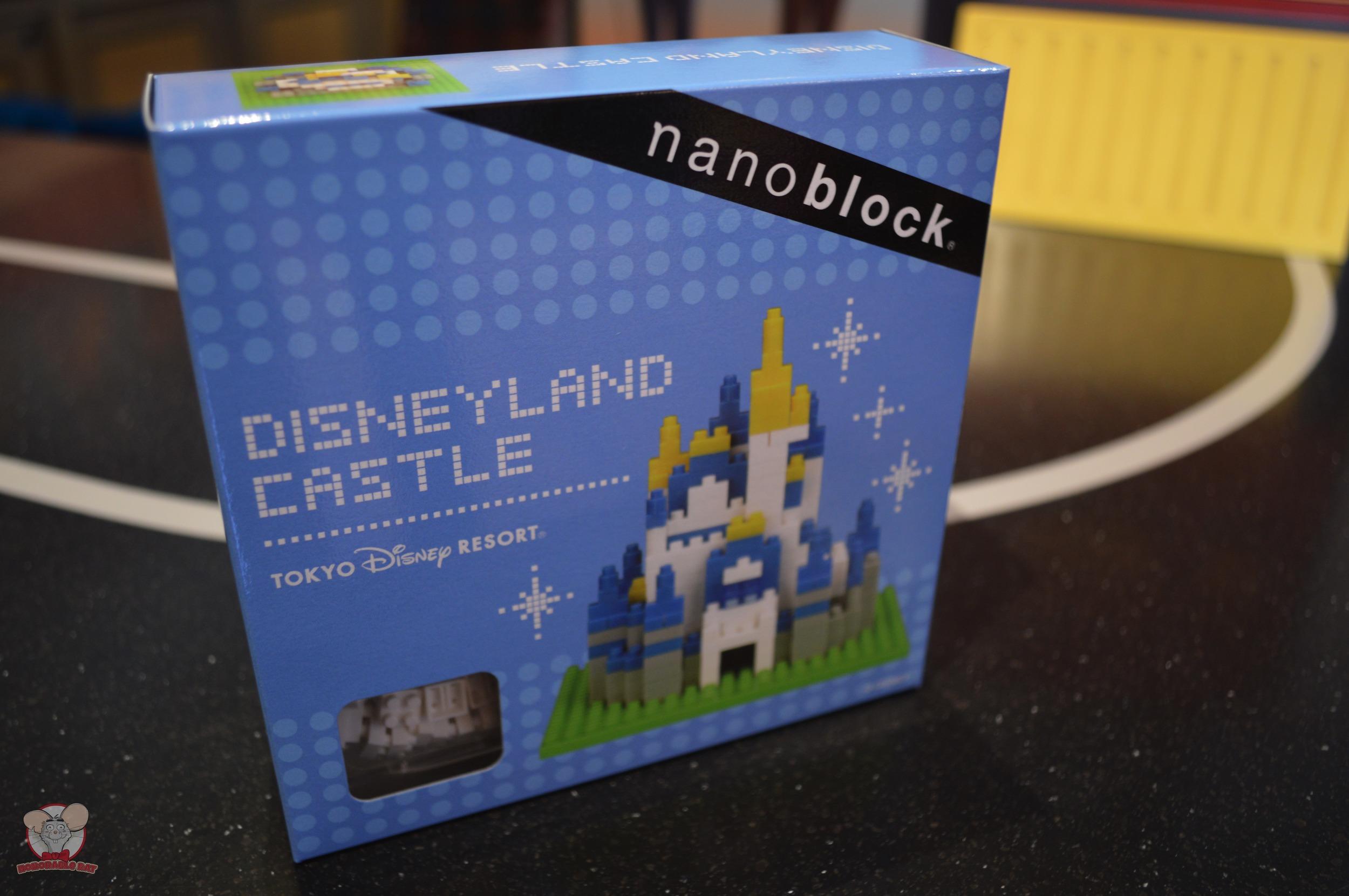 Disneyland Castle Nanoblock (Front): 2,200 yen
