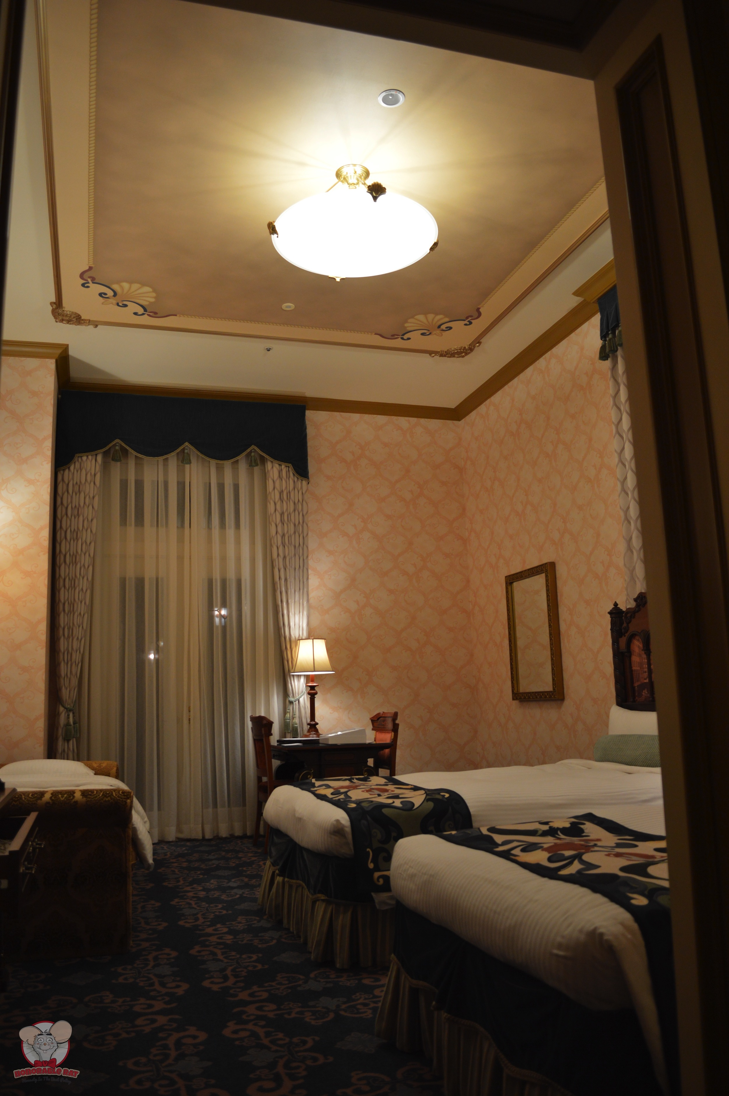 Welcome to the Palazzo Patio Room (Venice Side)
