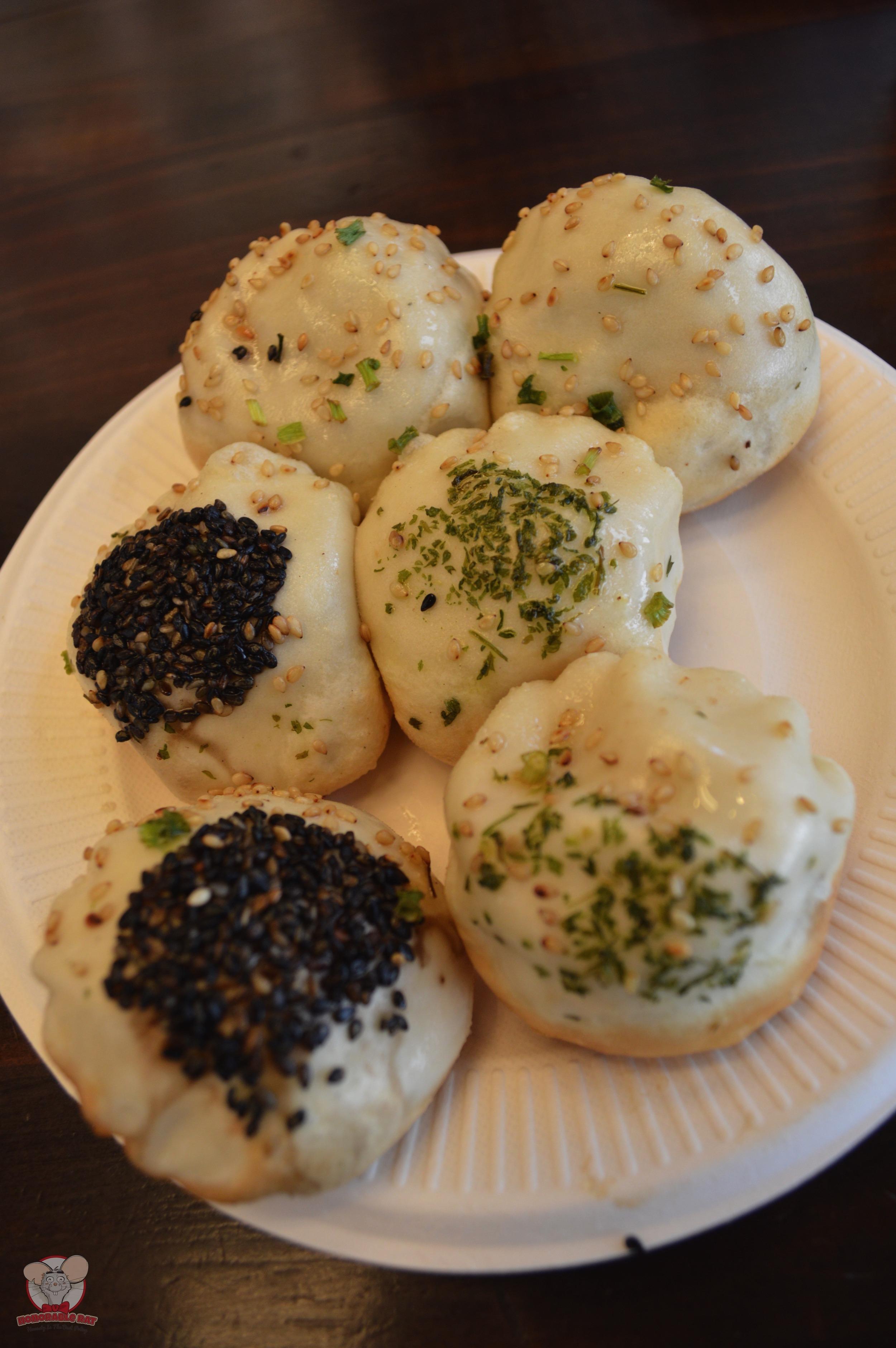 6 pieces of assorted Xiao Long Bao