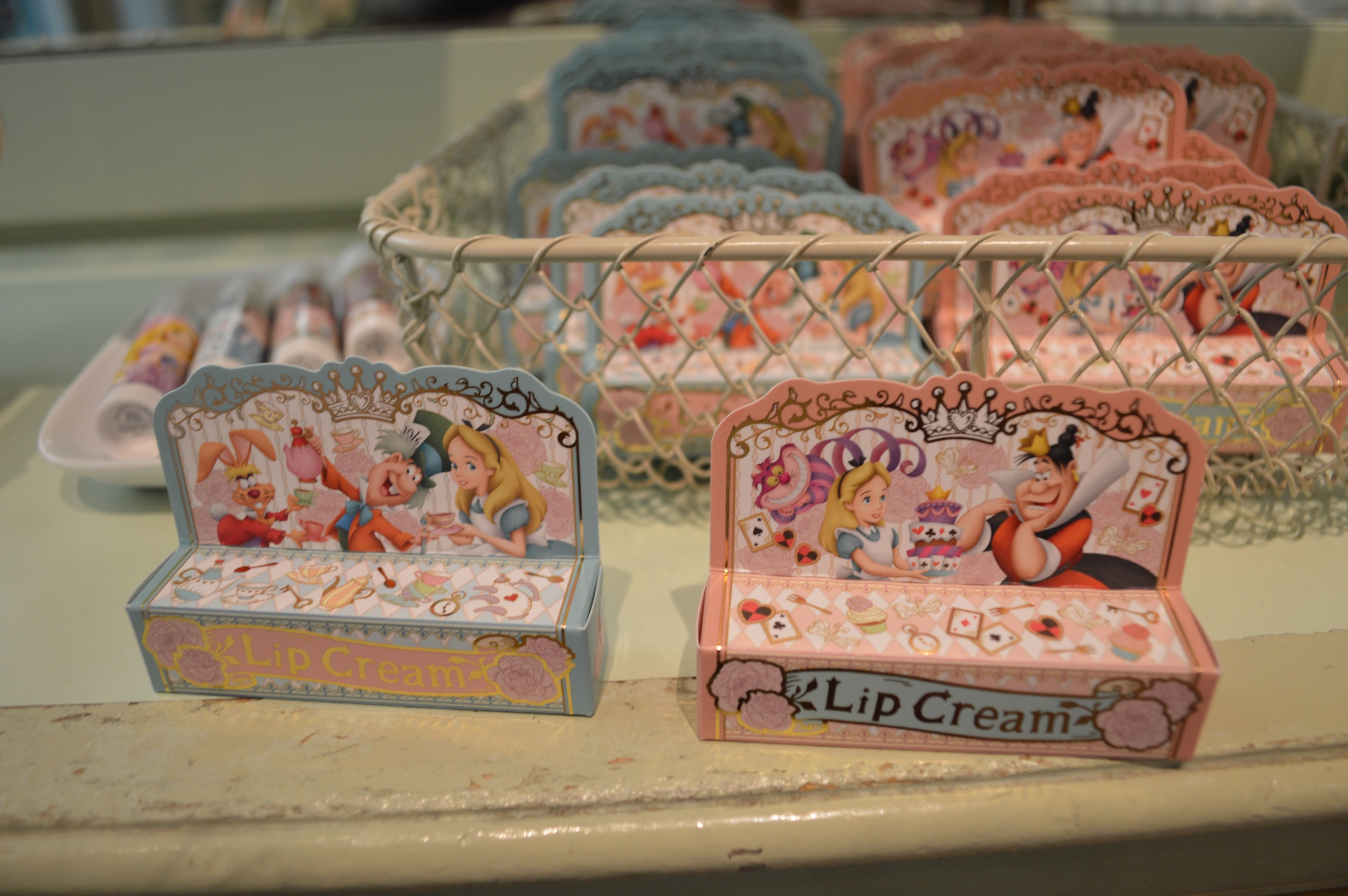 Alice in Wonderland Lip Cream for 800 yen