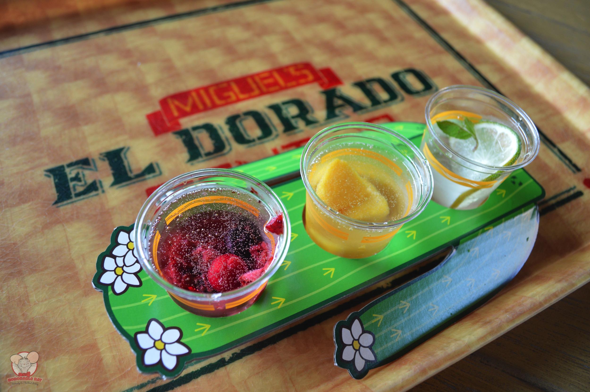 Tres Frutas Cocktail Set