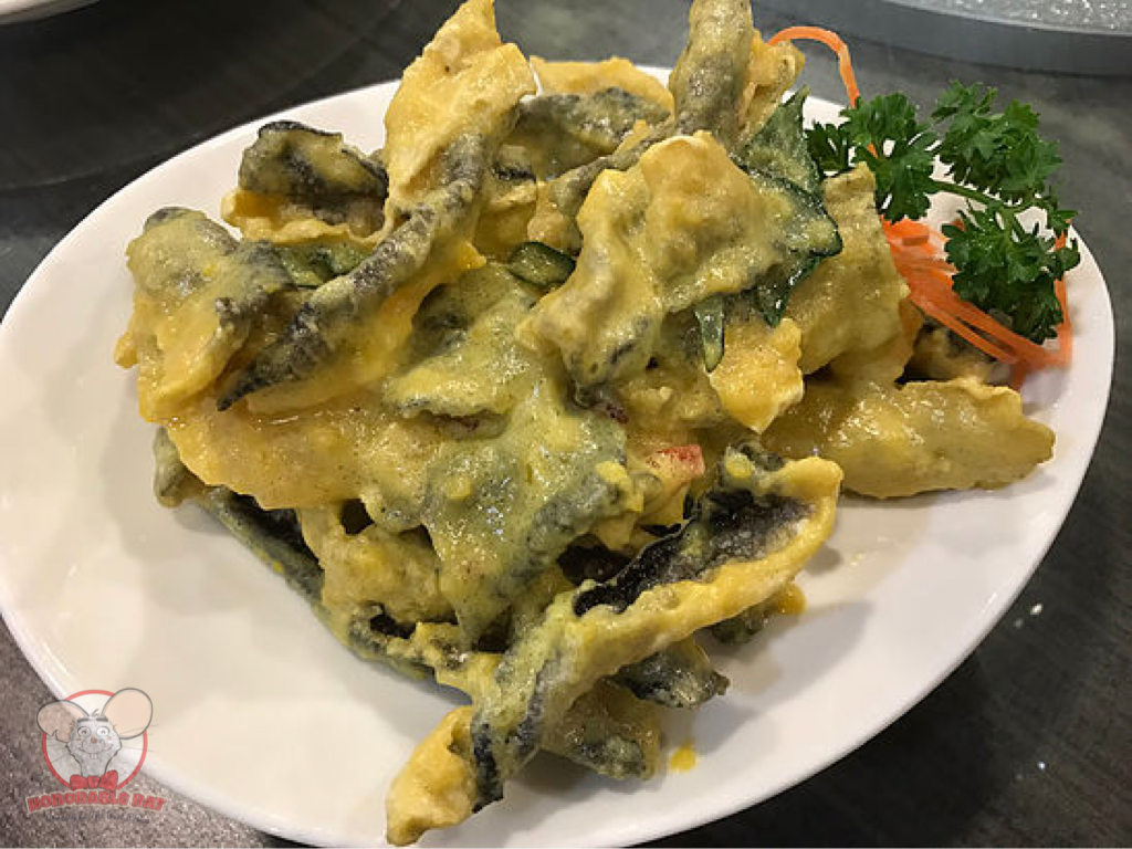 Deep-Fried Fish Skin Coated with Salted Egg Yolk