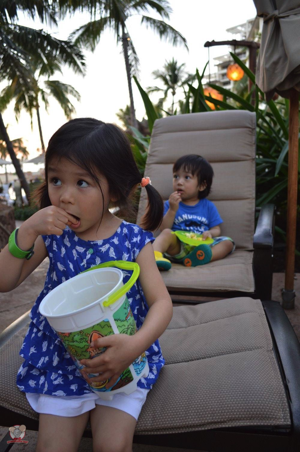 Nothing beats popcorn by the pool, waiting for the sunset