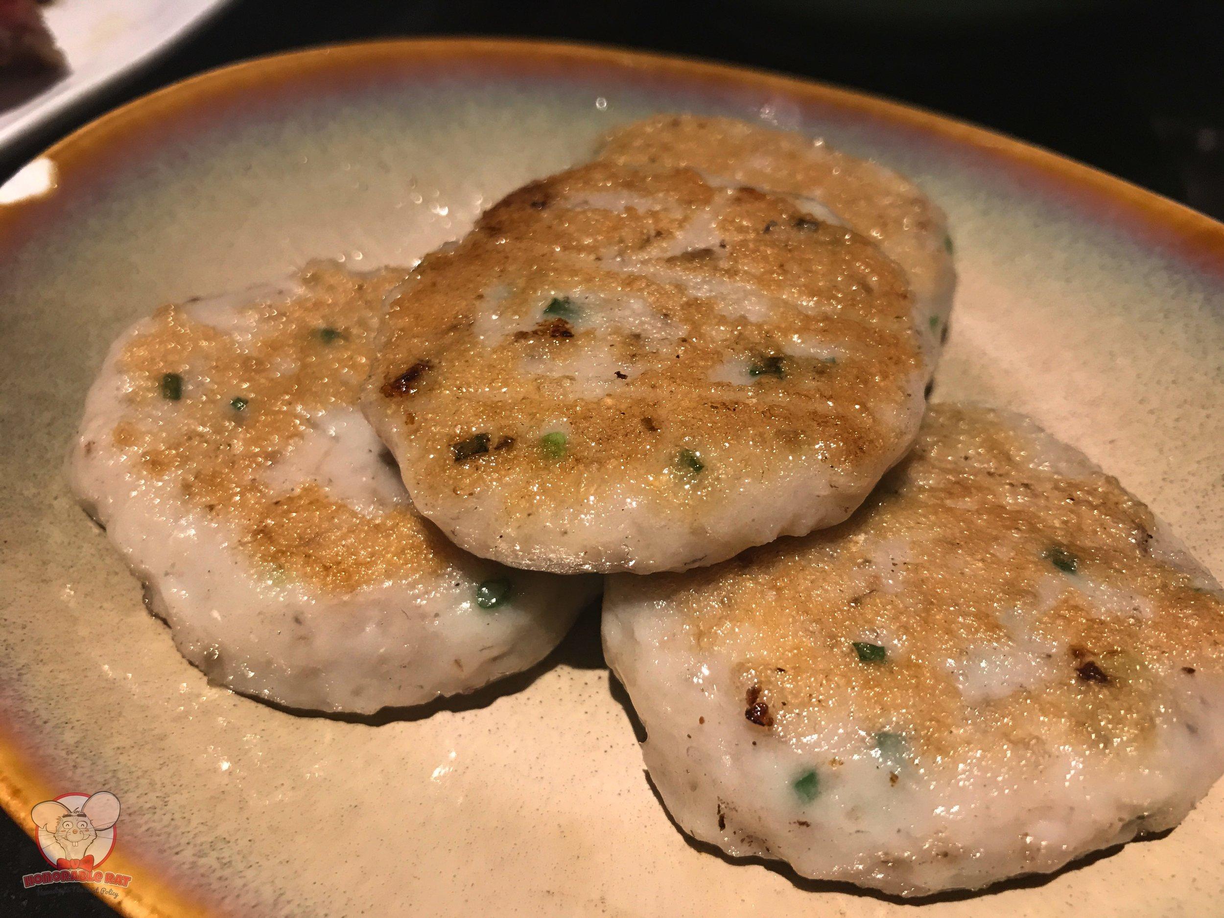Pan-Fried Dace Cake: 28 Chinese Yuan