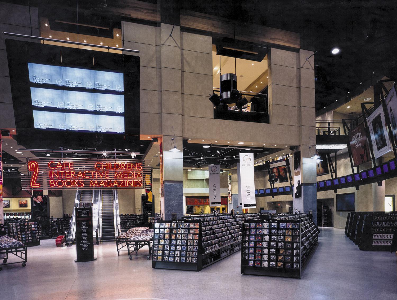 VRG-05-Interior-Union Square.jpg