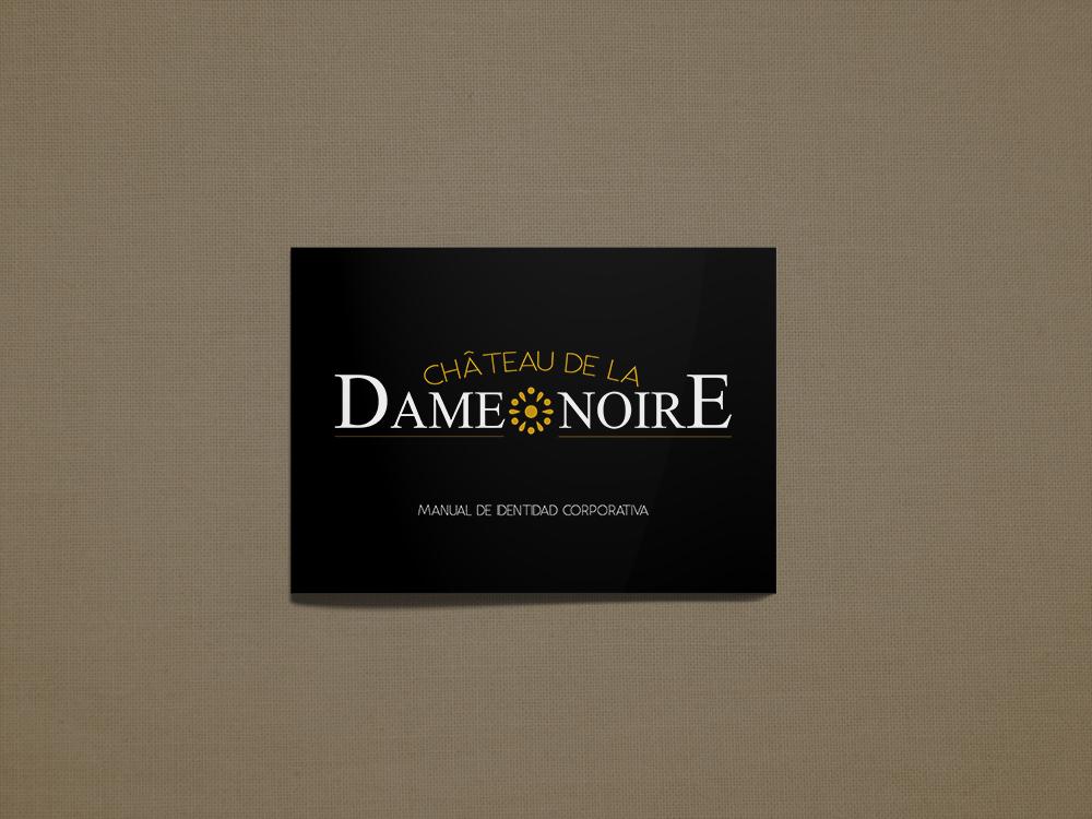 Manual logo Chateau de la Dame Noire_Portada_MockUp_Mario Cabrero Montoro.jpg