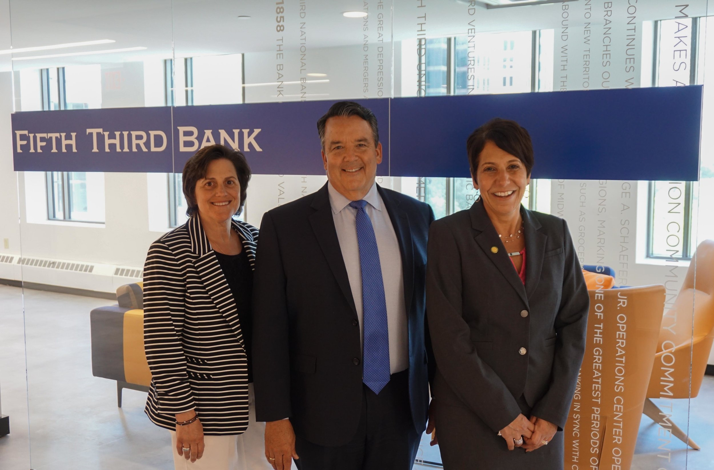 L to R: Francie Henry, Regional President-Central Ohio, Fifth Third Bank and OFIC Board Chair; Bill Spiker, President, OFIC; Lillian Schumacher, President, Tiffin University