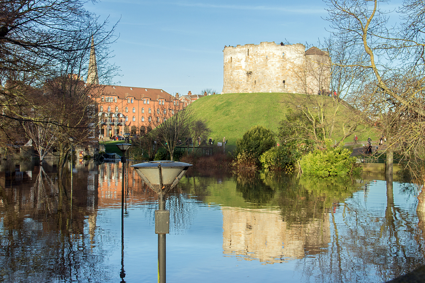 4_cliffords tower in flood_alison taylor.jpg