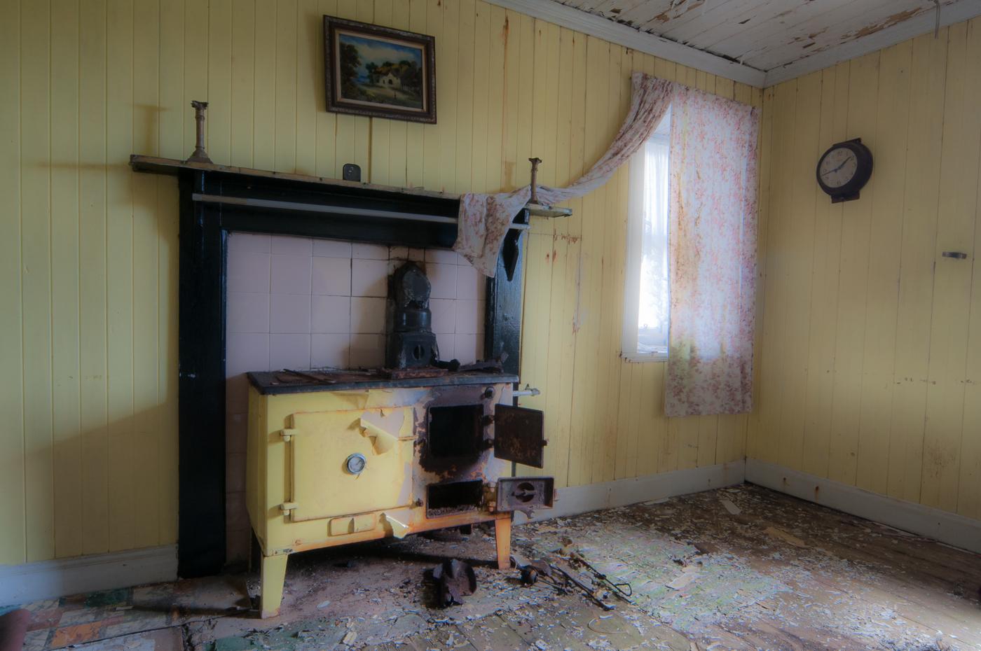 2_Derelict House Harris_Morris Gregory.jpg
