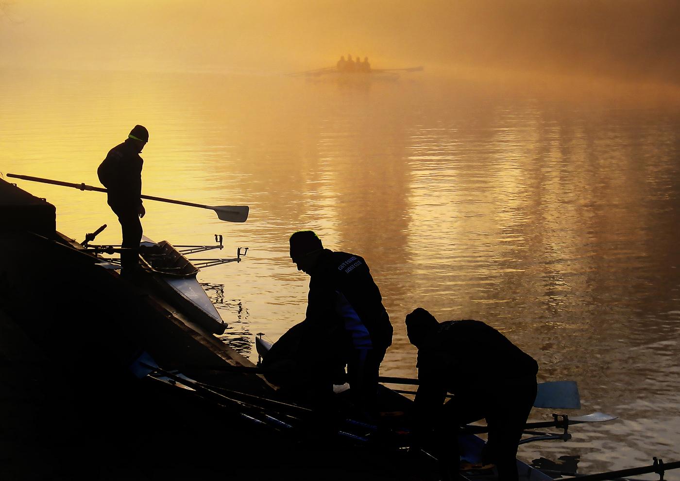 Rowing, winter morning_Allan Highet