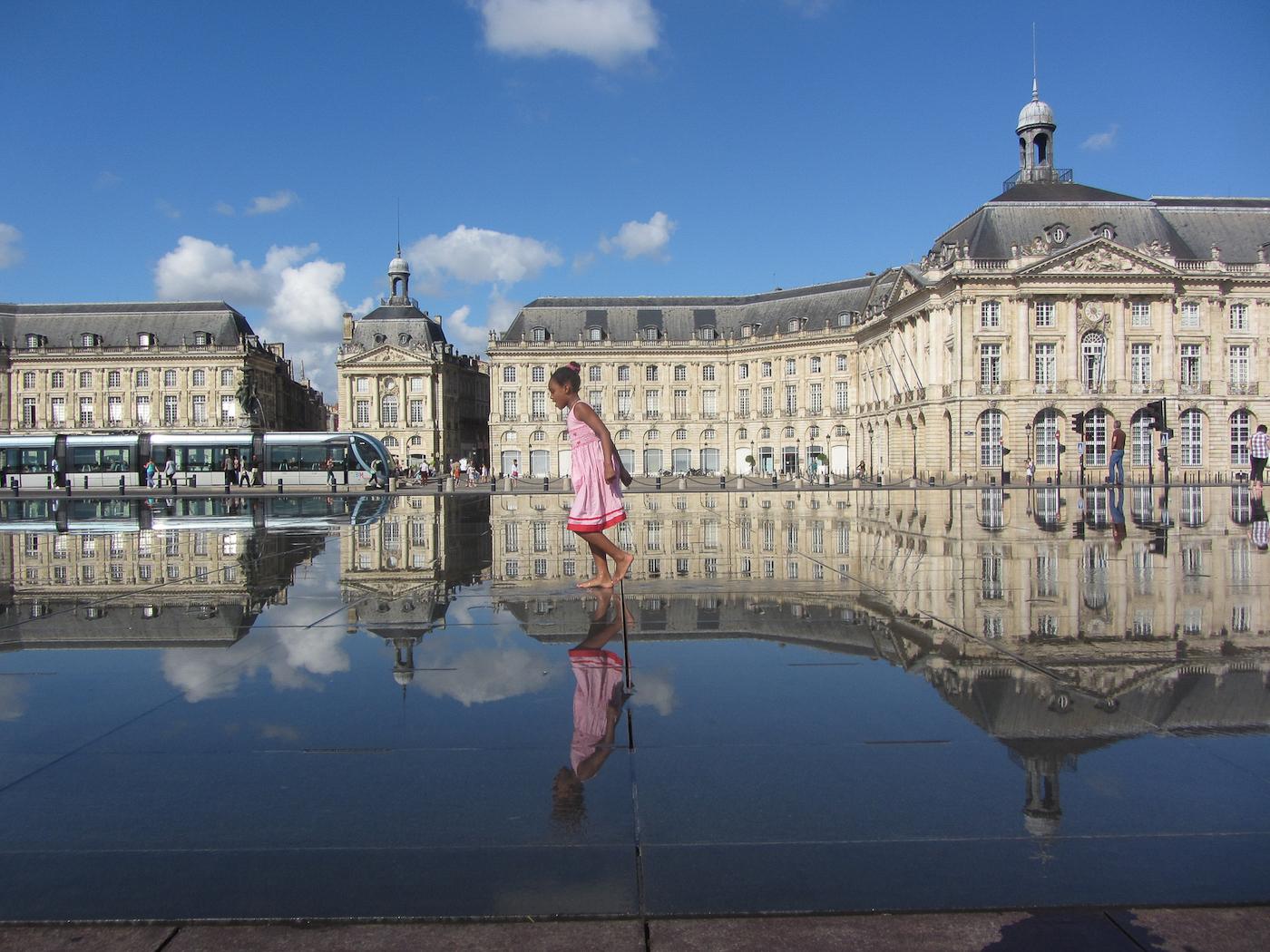 Fun at Bordeaux fountains_Jocelyn Hayes