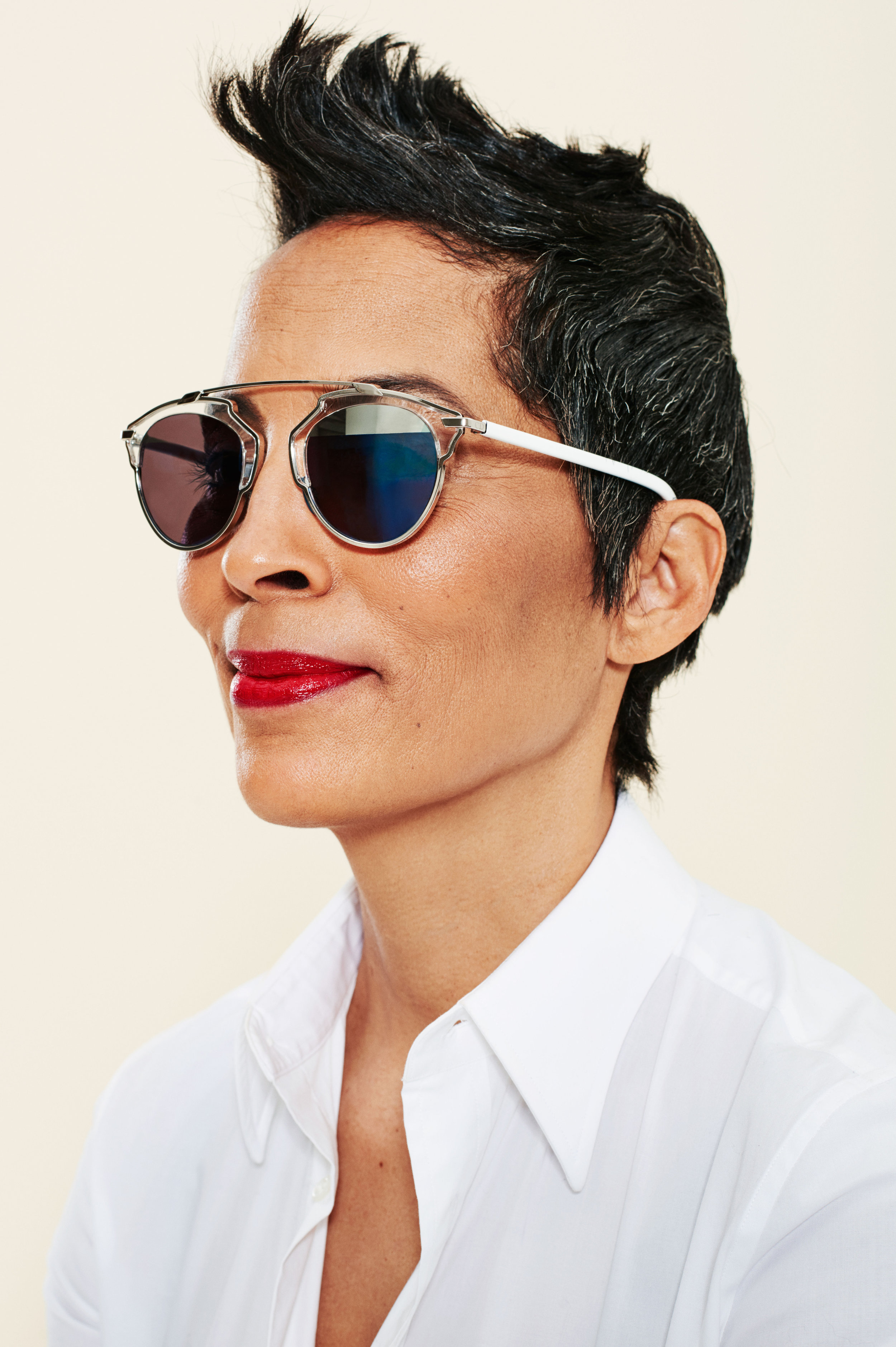 sunglasses-lipsticks-06.w4500.h6760.jpg