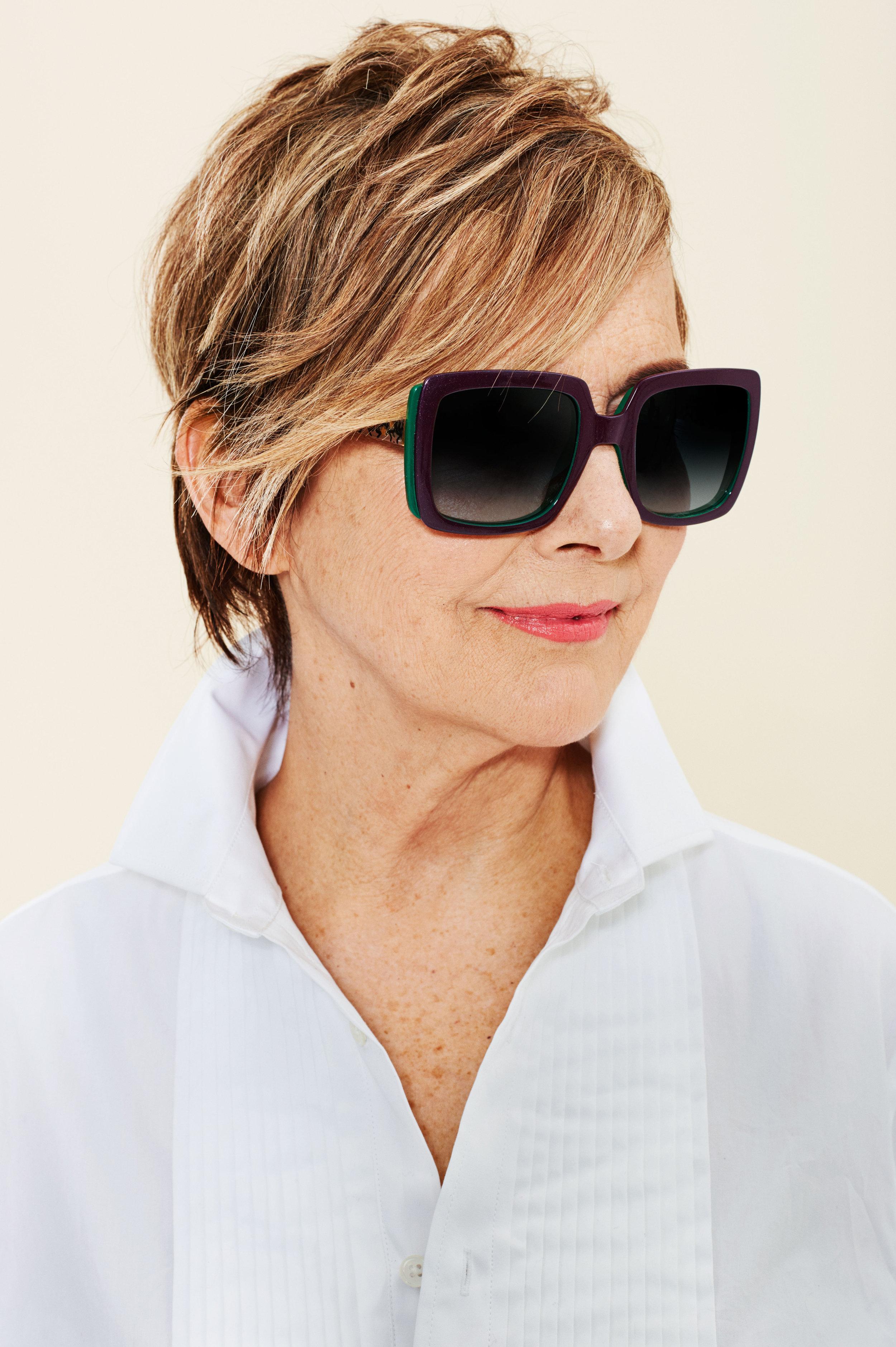 sunglasses-lipsticks-08.w4500.h6760.jpg