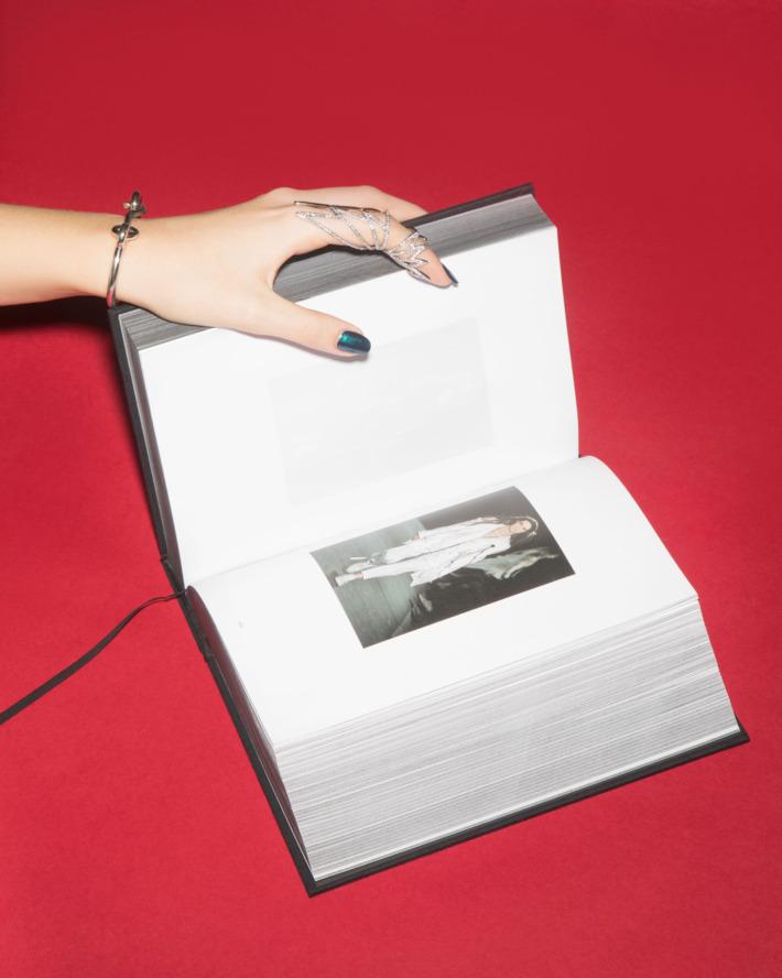 book-guide-01.nocrop.w710.h2147483647.jpg
