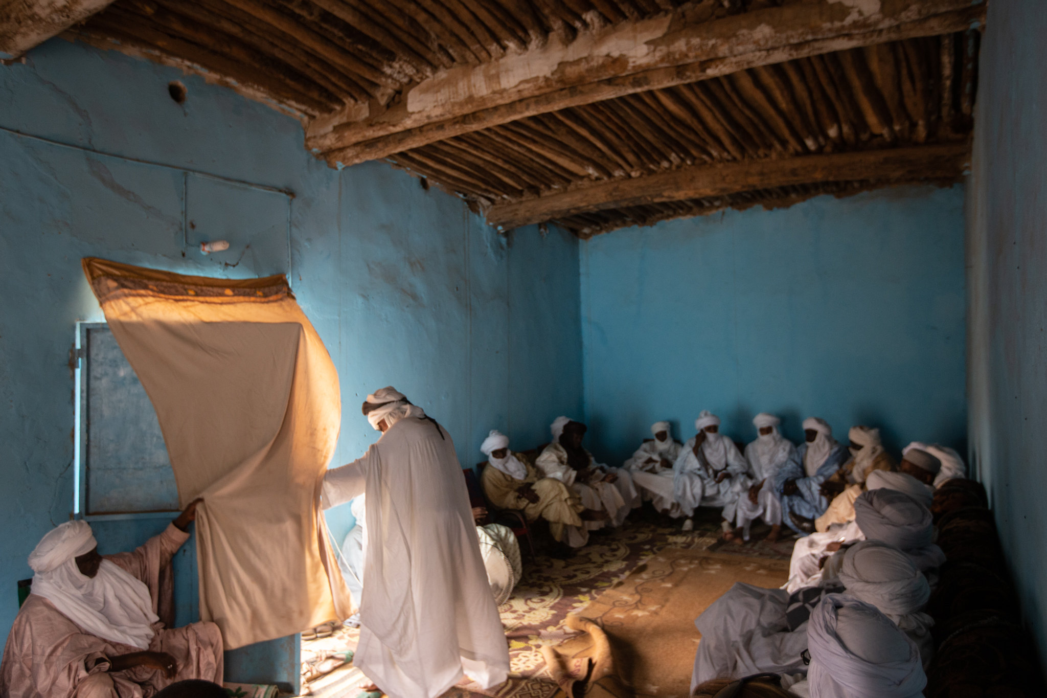 Traditional and religious Tuareg leaders meet to discuss the challenges that affect Niger's nomads.