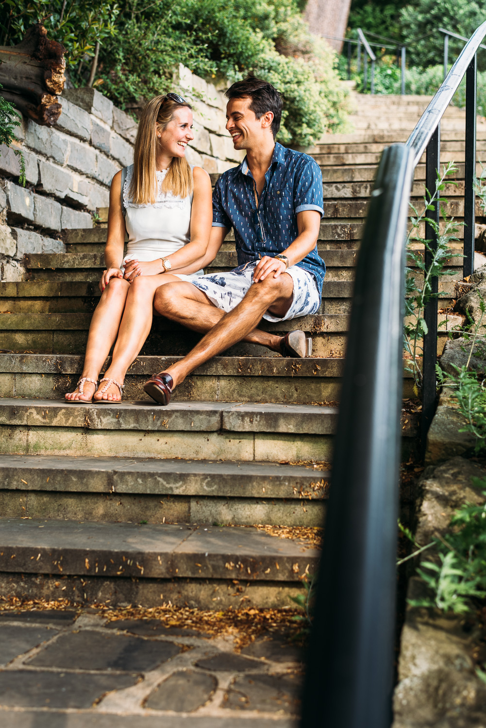 summery-richmond-park-engagement-shoot-38.jpg