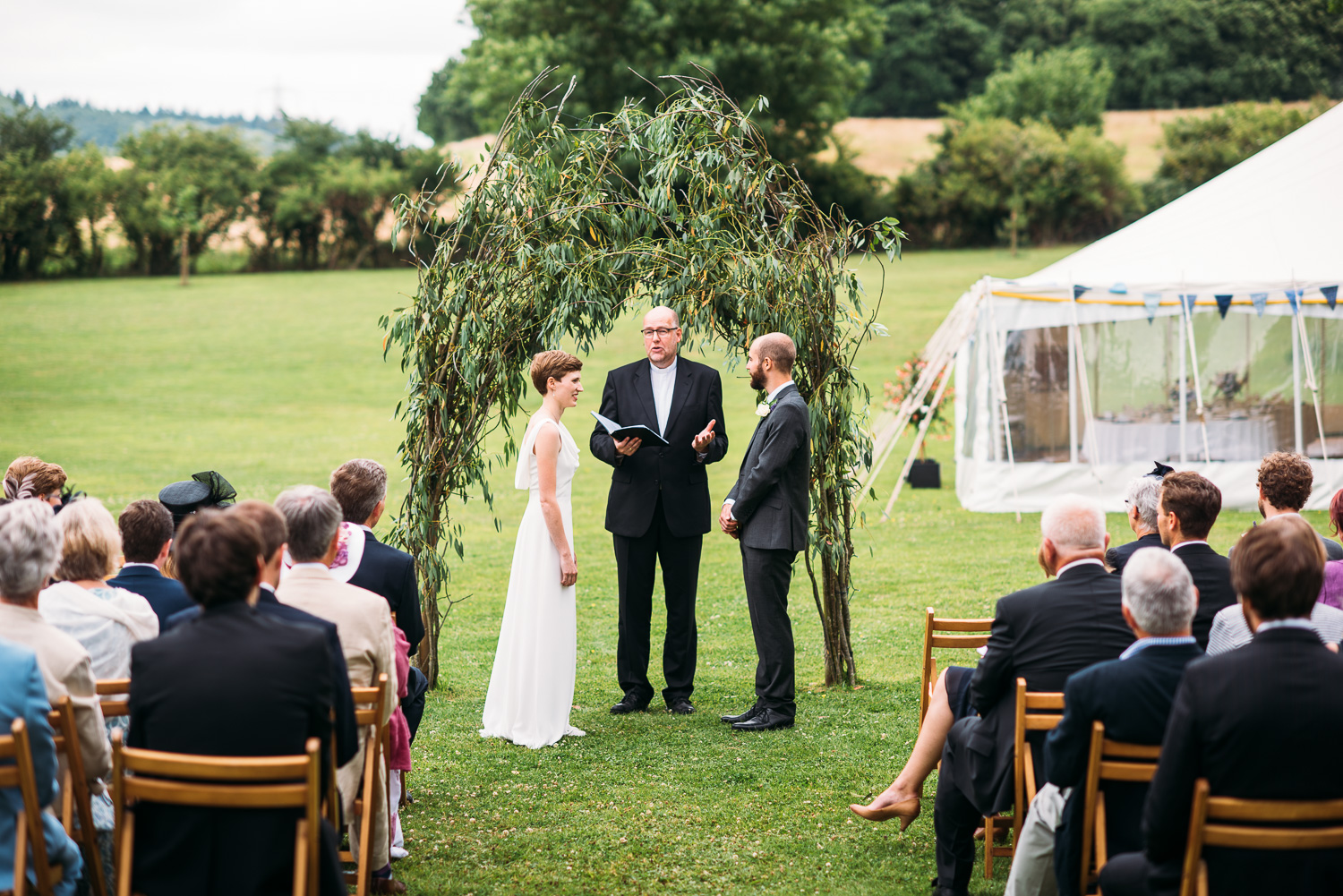 back-garden-wedding-38.jpg