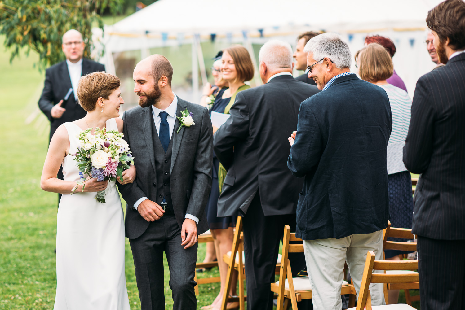 back-garden-wedding-41.jpg