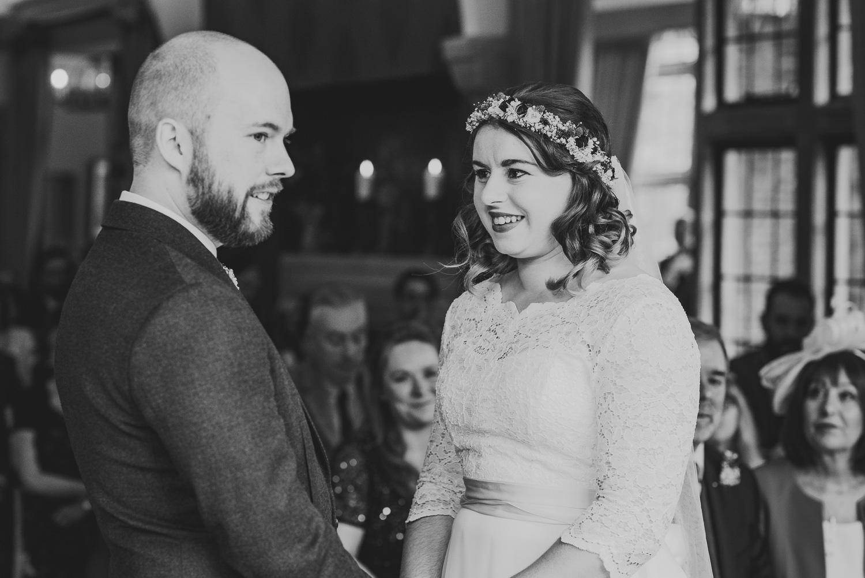cotswolds-fun-wedding-23.jpg