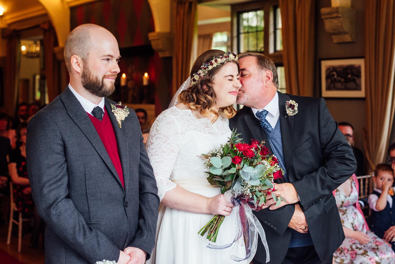 cotswolds-fun-wedding-22.jpg