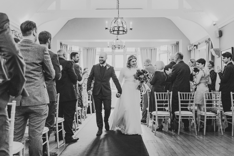 cotswolds-fun-wedding-28.jpg