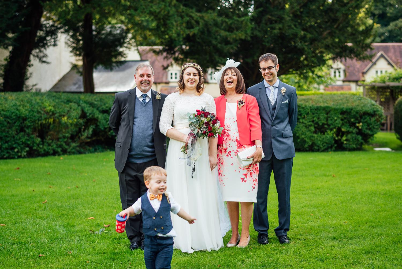 cotswolds-fun-wedding-30.jpg