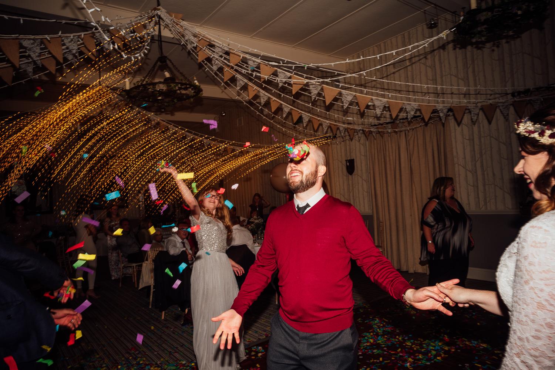 cotswolds-fun-wedding-45.jpg