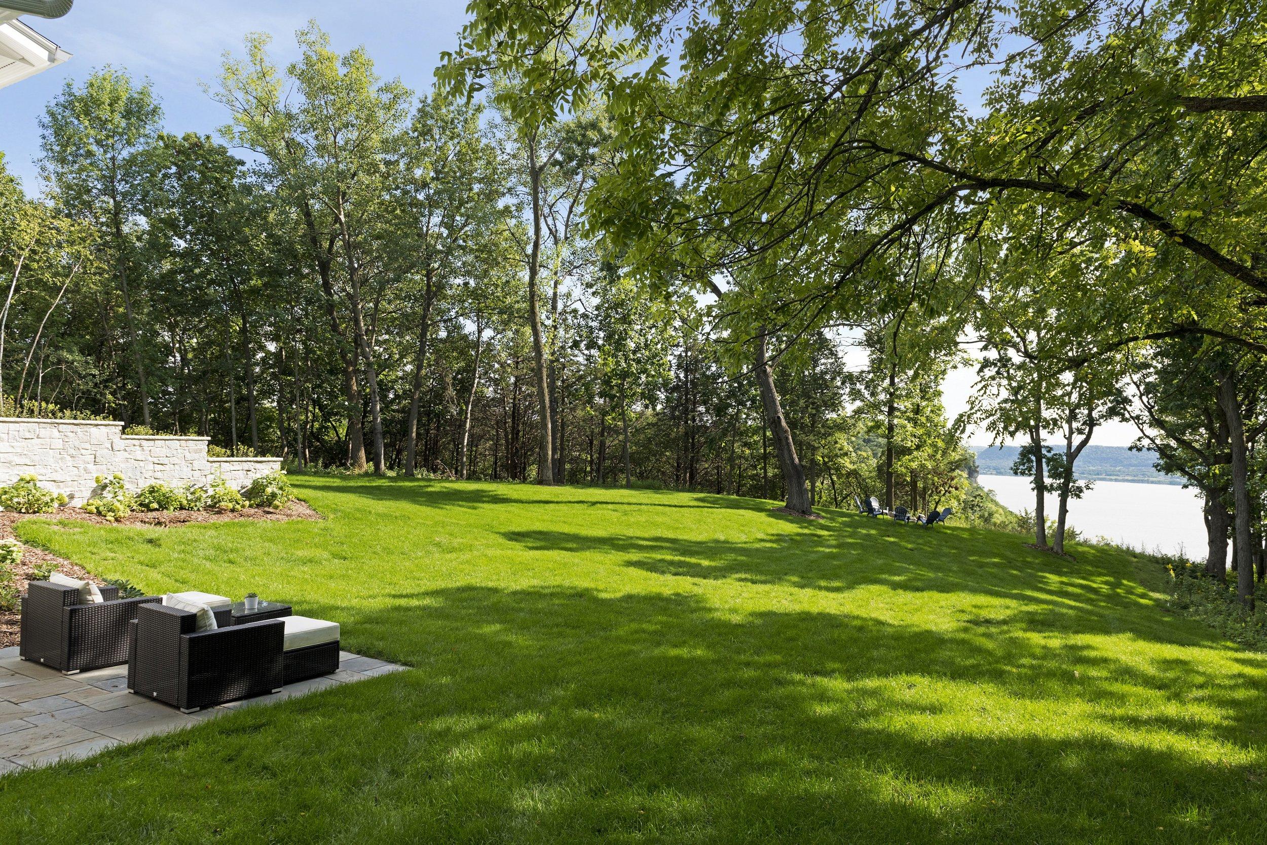 3a-birchwood-ext.back-grass.jpg