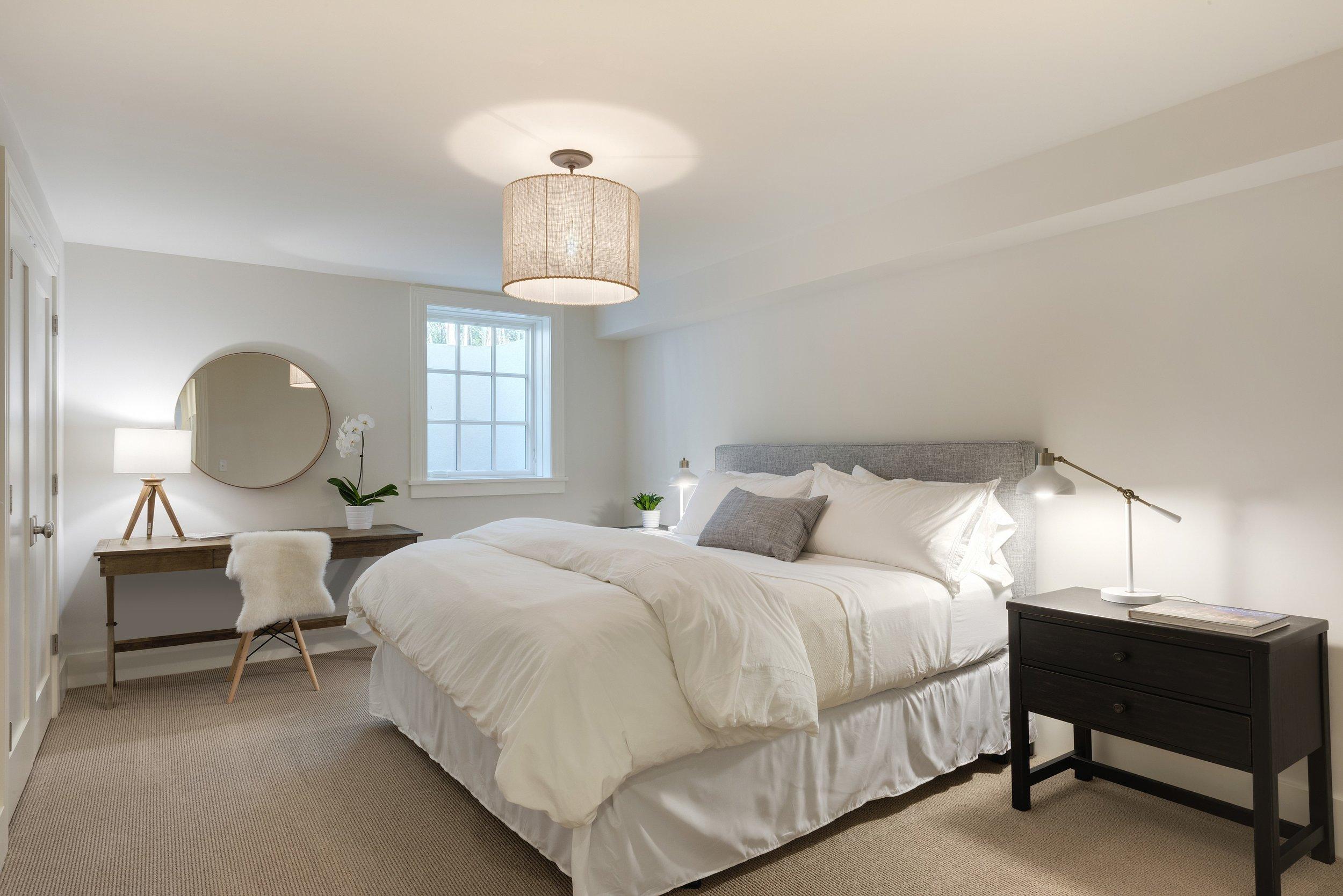 16-lower-level-bedroom.jpg