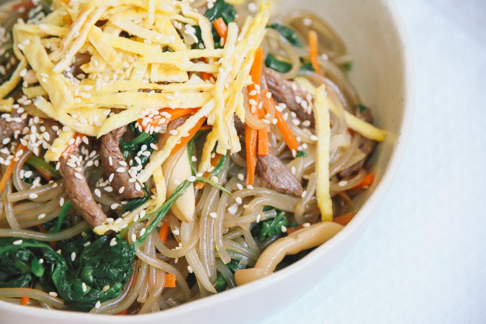 食譜recipe◥ japchae잡채, korean stir-fried sweet potato noodles // 韓式拌雜菜粉絲