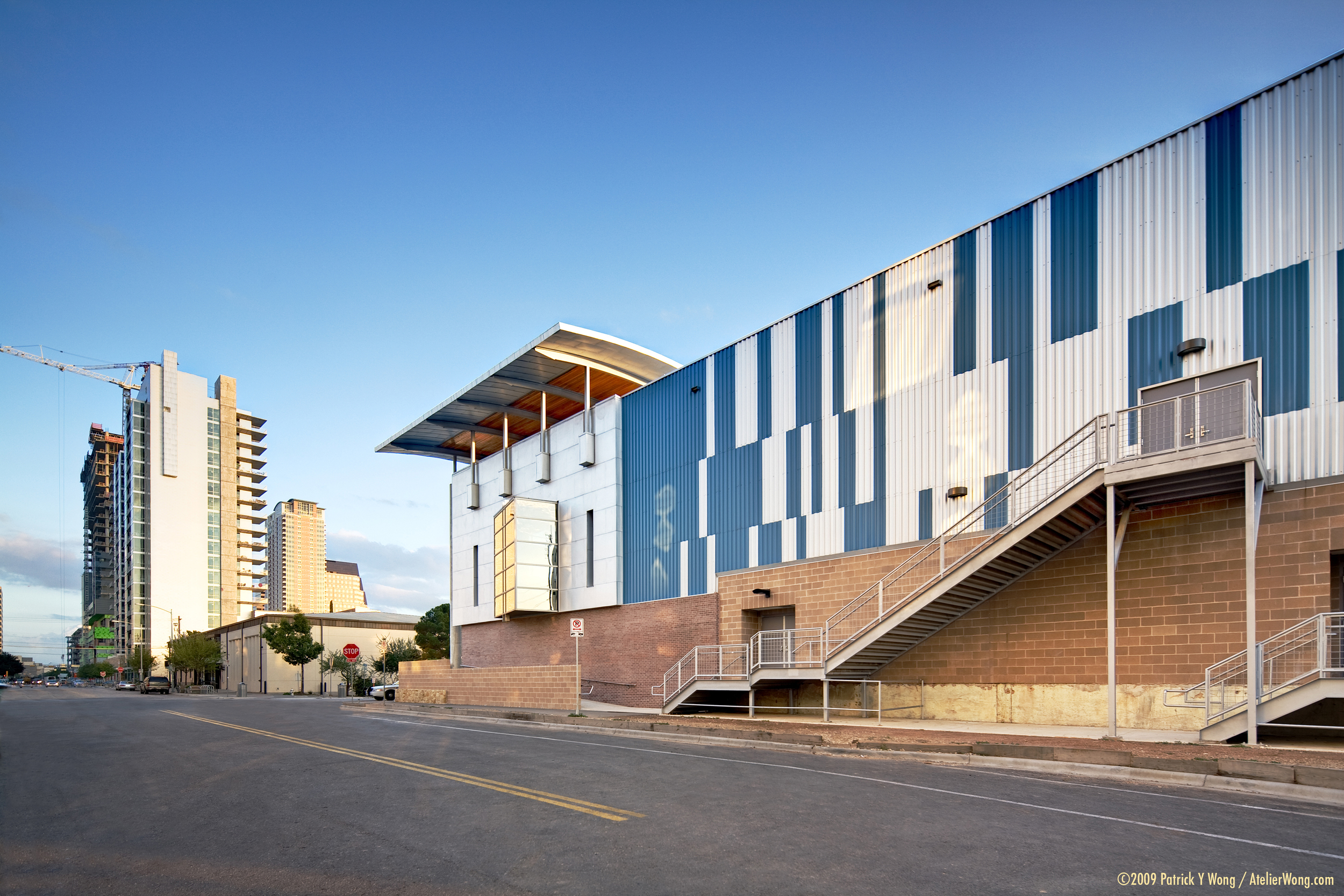 Austin Music Hall_North Side_Sixthriver Architects.jpg