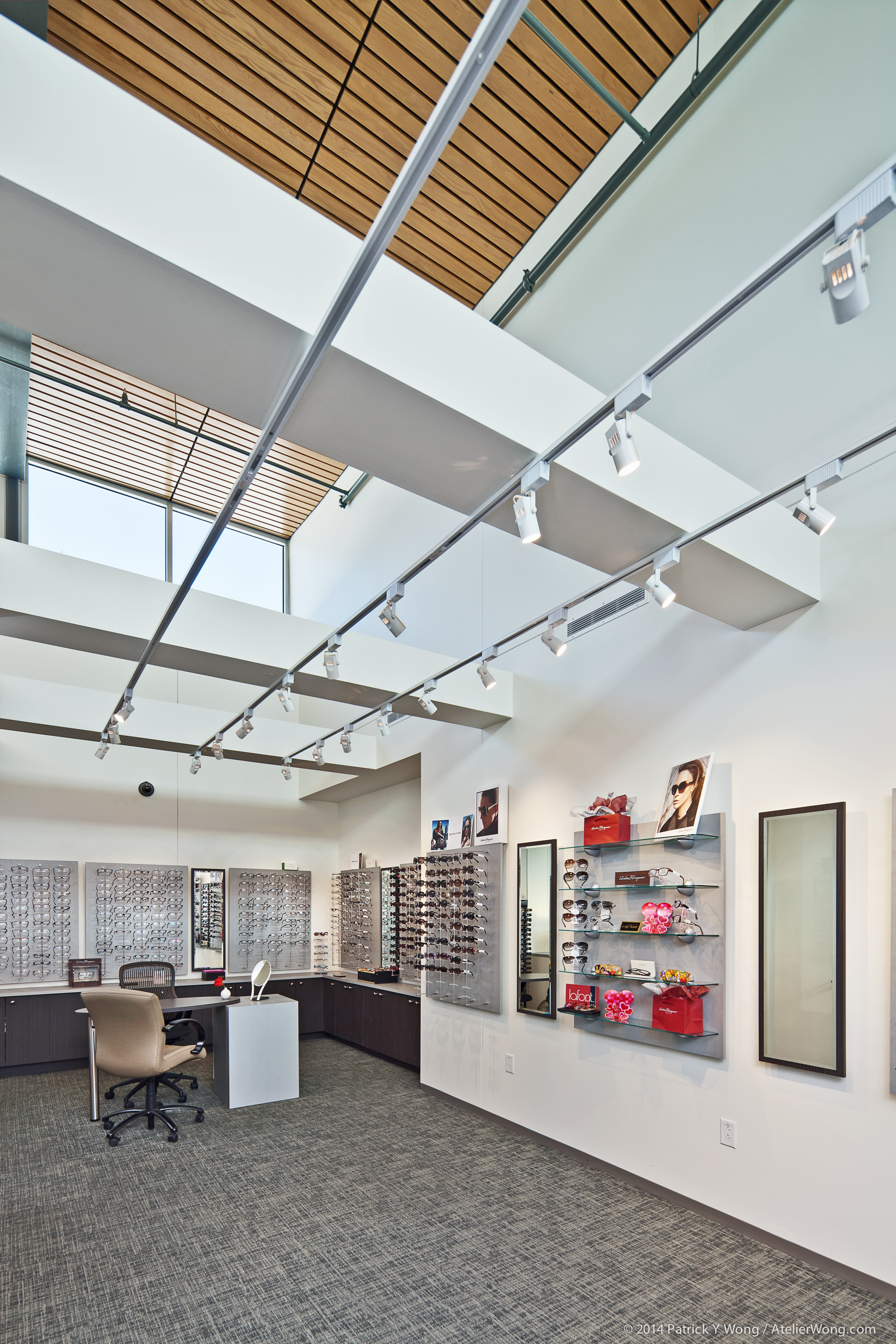 12_Eye Physicians of Austin Interior_Retail_Sixthriver Architects.jpg