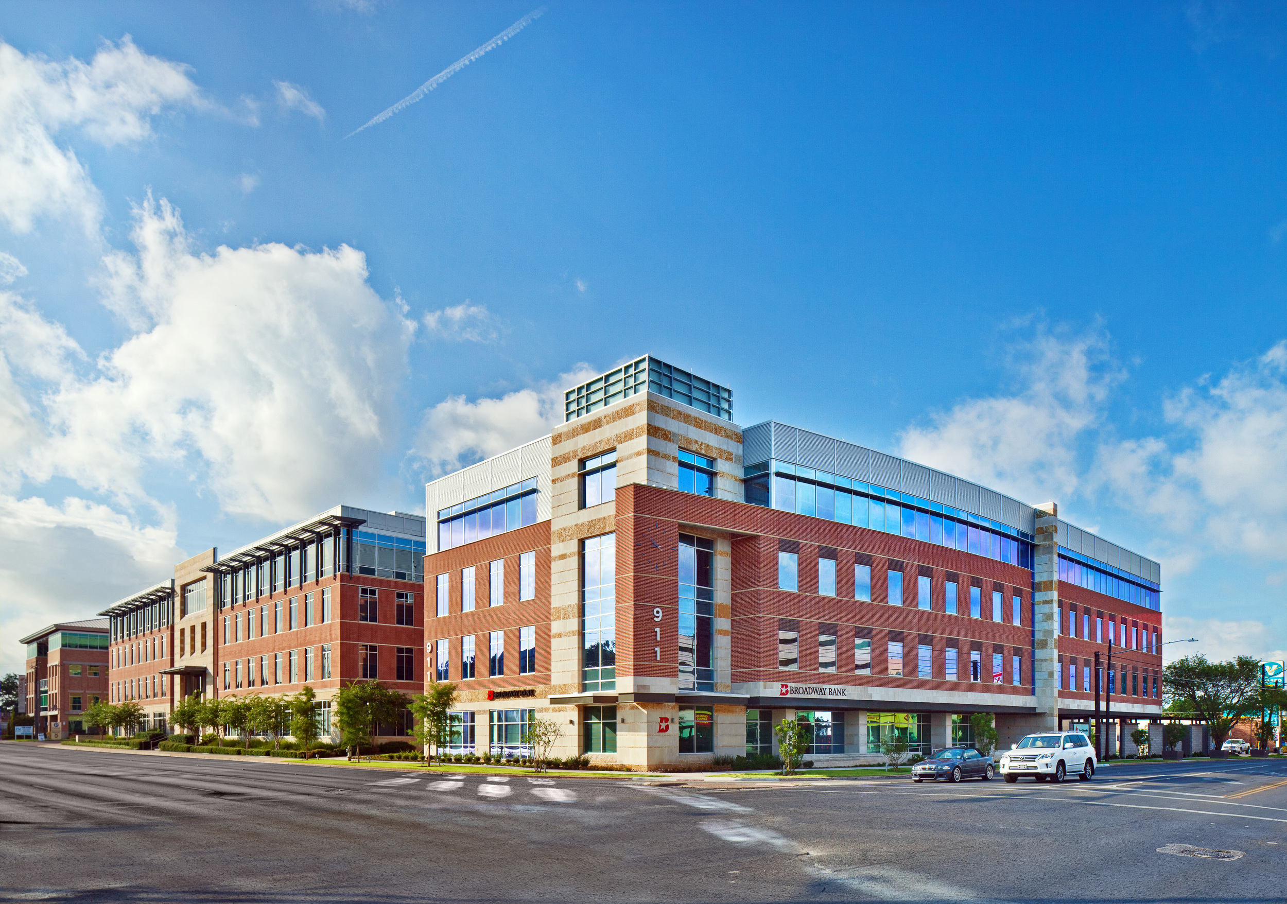 Midtown Medical 2_Sixthriver Architects.jpg