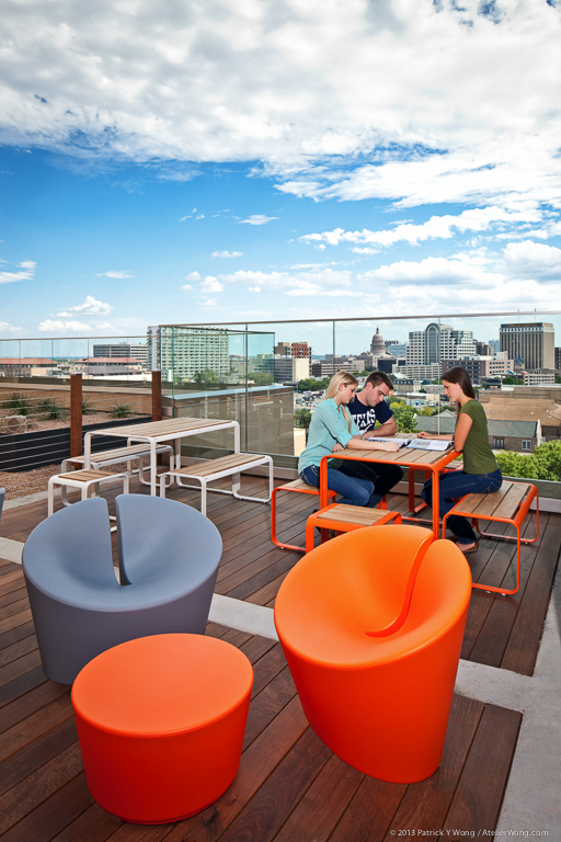 Callaway House_Rooftop Patio_Sixthriver Architects.jpg