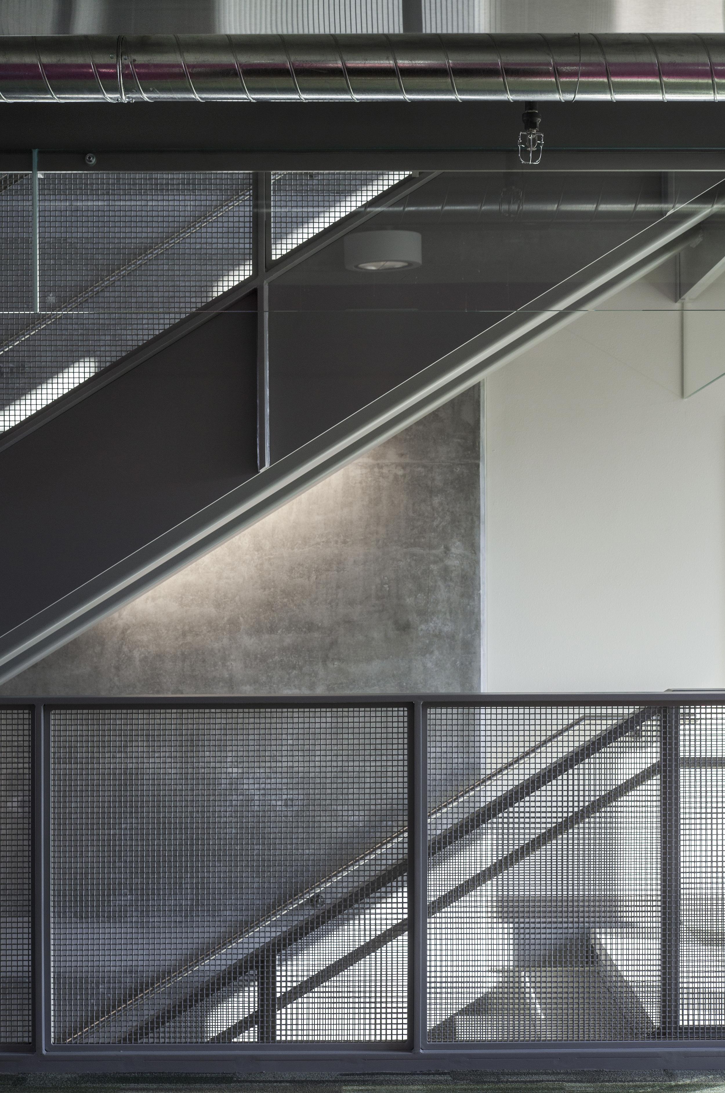 University Pointe PSU_Stairwell_Sixthriver Architects.jpg
