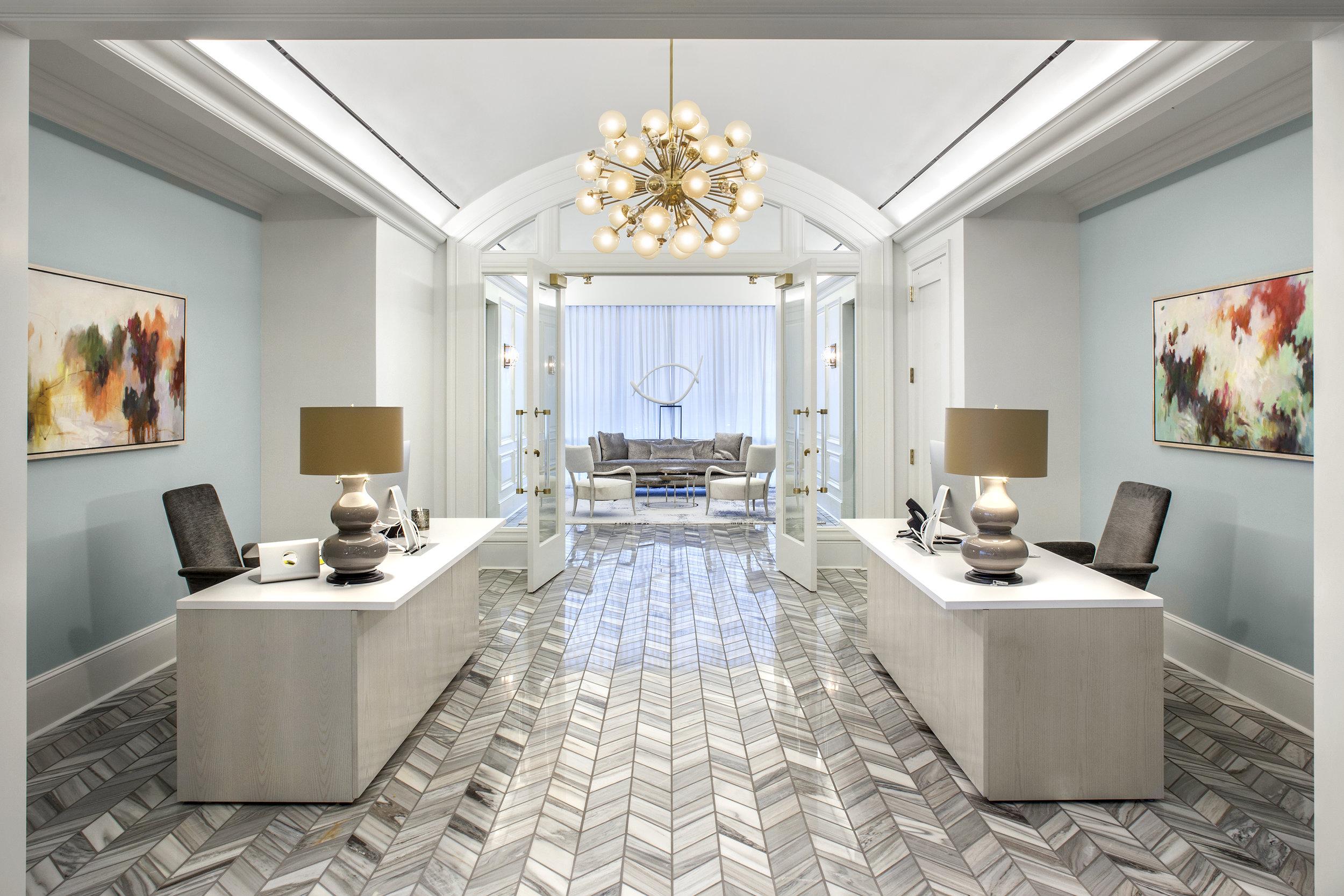 Kendra Scott_Executive Lounge.jpg