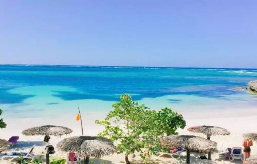 A beach in Guardalavaca, Cuba (Holguin province)