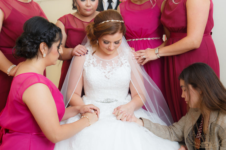 Wedding+Photography+Bride+prayer+A.L.Scott+.jpg