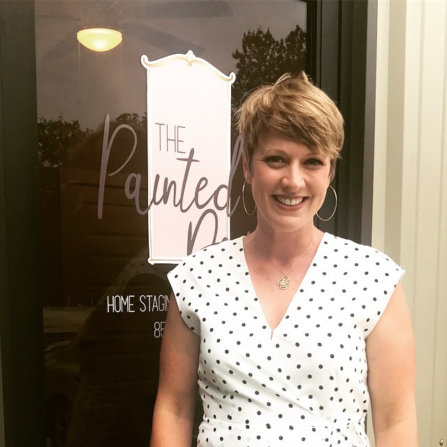 A little client love 💕 to @painteddoortw and her new warehouse space! So proud to watch your business grow, Liz! Congratulations!