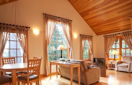 cottage-interior_troy_Ziel_photography-460x295.jpg